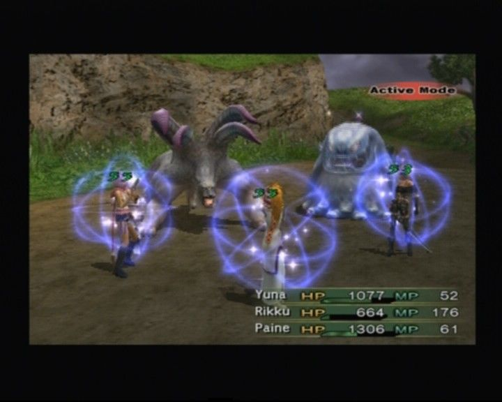 Final Fantasy X-2 PlayStation 2 Rikku as a white mage casting pray on the party