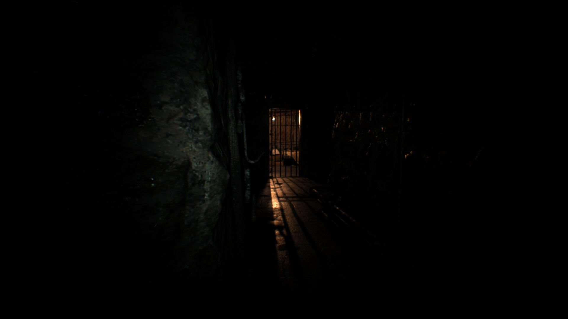 Resident Evil VII: Biohazard Windows Creepy hallway