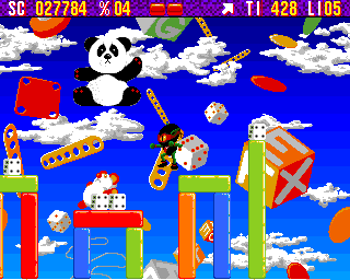 Zool Amiga Toy World - Panda above Zool is actually 10000 points bonus (AGA version)