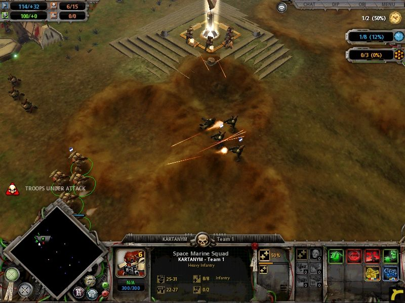 Warhammer 40,000: Dawn of War Windows the enemy troops try to get the upper hand