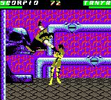 Mortal Kombat 4 Game Boy Color Scorpion connects successfully a punch in Tanya.