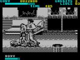 Final Fight ZX Spectrum Inside the train are more troublemakers
