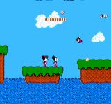 Mickey Mousecapade NES Jumping on platforms at the ocean