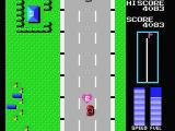Road Fighter MSX Collect the hearts to receive additional fuel.