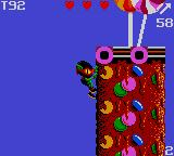 Zool Game Gear Climbing like a real ninja ant