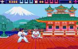World Karate Championship Atari ST Bonus round; avoid this knife being thrown at you!