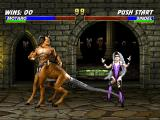 Mortal Kombat Trilogy PlayStation Motaro uses his long tail to execute a sweep: with this, Sindel drops for some instants.