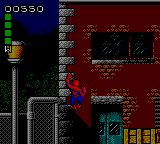 Spider-Man: Return of the Sinister Six Game Gear Here's Spidey climbing a wall.
