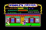 Kung-Fu Master Amstrad CPC The giant boss of the third level. Not that hard. Also notice that the deep purple guys grabbed me. Just move left-right very fast to escape from them..