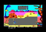 Road Runner Amstrad CPC I need to grab birdseed but avoid Wile E. Coyote
