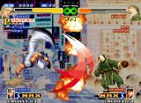 The King of Fighters 2000 Neo Geo Massive move-clashing: Jhun Hoon's DM Hou'ou Ressou Kyaku meets Chin Gentsai's SDM Gouran Enpou...