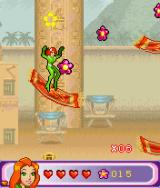 Totally Spies!: The Mobile Game J2ME Use carpets as bumpers. (large screen)