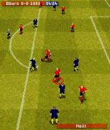 FIFA Soccer 2004 N-Gage Prepare to shot.
