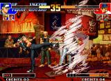 The King of Fighters '97 Neo Geo Terry's Strong Kick performed simultaneously with Choi's DM Shin! Chouzetsu Tatsumaki Shinkuu Zan...
