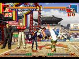 The King of Fighters '97 PlayStation Yuri Sakazaki's attempt to hit a just-recovered Leona Heidern with her move Raiouken wasn't great...