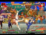 The King of Fighters '97 PlayStation Shermie counter-hit-damages Shingo Yabuki using the accurate performance of her move Axle Spin Kick.