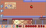 Bill's Tomato Game Amiga Fans blow your tomato towards its objective.
