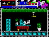 Seymour Goes to Hollywood ZX Spectrum The receptionist is depressed for some undisclosed reason