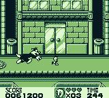 Looney Tunes Game Boy Fly Tweety, Fly! Don't get caught by the nasty cat.