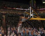 NBA Live 07 Windows Player dunks a basket