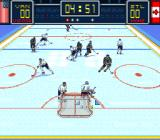 Brett Hull Hockey SNES The goalie has the puck