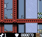 Disney's 102 Dalmatians: Puppies to the Rescue Game Boy Color You can collect bones in the levels.