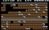 Boulder Dash Commodore 64 Collecting diamonds on the first level