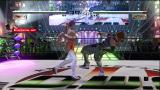 Dead or Alive 4 Xbox 360 The wrestling ring level projects the fight live on the big screen.