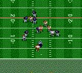 NFL Quarterback Club 96 Game Gear Running a play