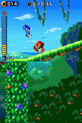 Sonic Rush Nintendo DS Encountering an enemy