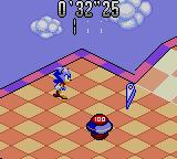 Sonic Labyrinth Game Gear Sonic rebounding from a flipper
