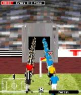 FIFA Soccer 2005 N-Gage Players entering playfield