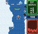 Toobin' Game Boy Color The Eskimos throw spears.