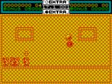 Helter Skelter ZX Spectrum .. alternatively by throwing the ball to the right the bonus letter E can be collected.