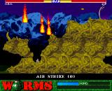 Worms Amiga CD32 Incoming airstrike, seek shelter!