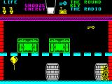 Pyjamarama ZX Spectrum Screen 4. This looks like a straightforward screen. Just get the balloon, float upwards and get the key. In practice part way through Wally is transported elsewhere
