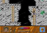 Cliffhanger Amiga Rocks fall in the vertical sections. If one hits you, you'll be knocked off your ladder.