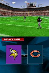 Madden NFL 2005 Nintendo DS The teams run out to the 50 yard line.