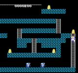 Super Lode Runner NES Climbing up a ladder