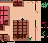 Metal Gear Solid Game Boy Color Hiding from soldiers