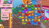 Candy Crush Saga Android If the level is completed and you have moves left, small fish appear in a candy rush and they eat away some candy (Dutch tablet version).