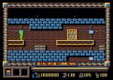 Spy Master Atari 8-bit Waiting for enemy