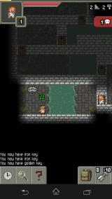 Pixel Dungeon Android Stumbling upon a sleeping enemy in a room with a set of brass knuckles lying nearby
