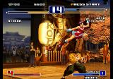 The King of Fighters 2003 Arcade Trying to kick.