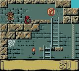Montezuma's Return! Game Boy Color Jump the snake.