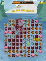 Feeding Time iPhone Bigger combos earn you more points, which you use to unlock new levels and badges.