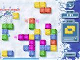 Penguin Puzzle Windows Clearing sets of cubes in quick succession generates a double score bonus