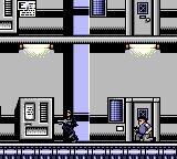 Terminator 2: Judgment Day Game Gear An armed guard