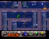 Cyber Kick Amiga Climbing the ladder