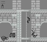 Judge Dredd Game Boy Shoot the perp whilst hanging on the ladder